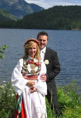 Wedding-Lake.jpg