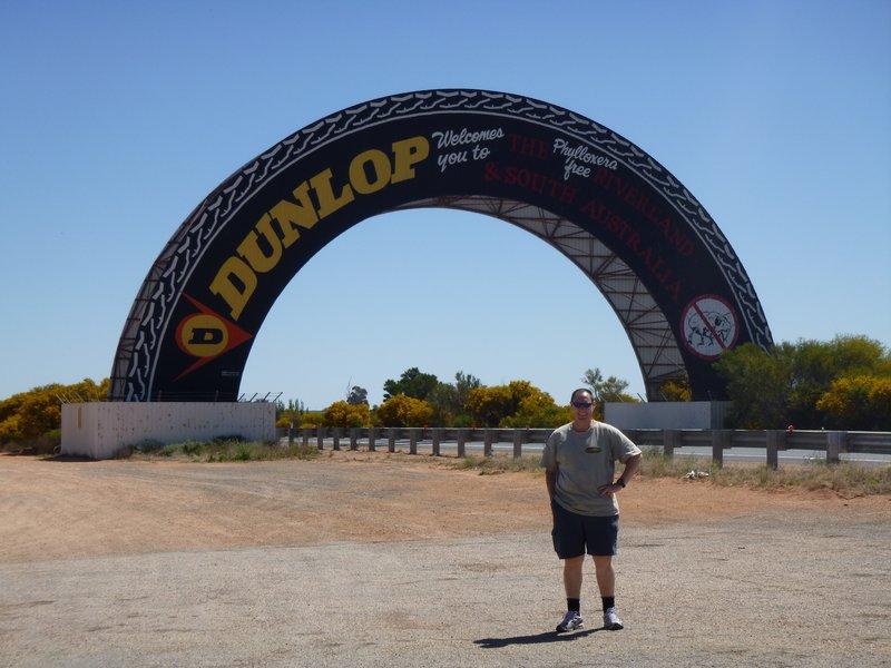 large_Big_Tyre_-_Yamba_SA.jpg