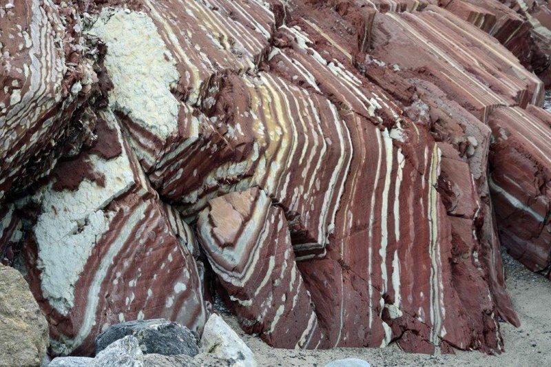 large_Gateau_Point_Rocks__1_.jpg