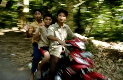 Lombok traffic