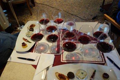 6-12r (5) Wine tasting
