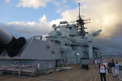 6-7r (60) USS Missouri