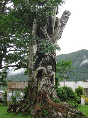 5-23b (52) Carved tree stump