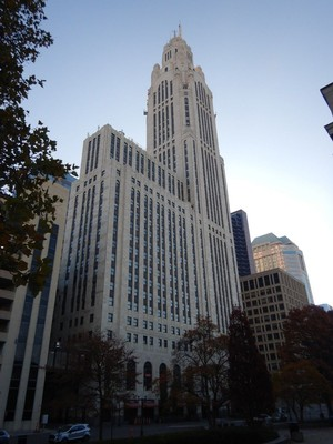 When the LeVeque Tower opened in 1927 it was the 5th tallest building in the world; today the building houses offices, a 150-room Marriott hotel, 68 apartments, 12 condos and 2 penthouses
