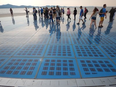 As a complement to the Sea Organ, the new Sun Salutation has solar modules in panels programmed to display light effects at night; Alfred Hitchcock said Zadar had the most beautiful sunsets in the world