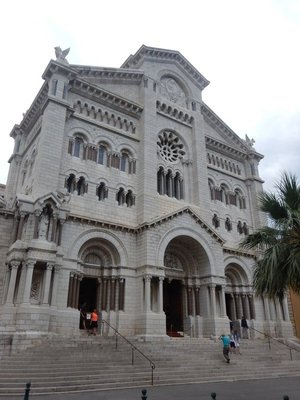 Saint Nicholas Cathedral, consecrated in 1875, is where Prince Rainier and Princess Grace are buried