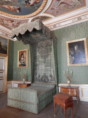 This was the bedroom of the electress (wife of the elector); there were 7 electors with one coming from the Wittelsbachs of Bavaria from 1623-1806