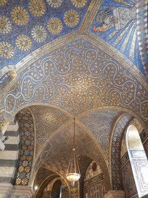 Around the cathedral octagon is a magnificent gold mosaic ceiling; the Aachen Cathedral was modeled after the Basilica of San Vitale in Ravenna, Italy which I've also visited