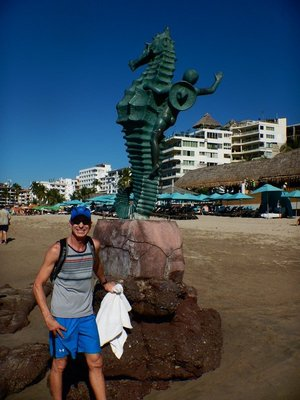 Playa de los Muertos even has sculptures at the water's edge; hurricanes seldom strike PV although Patricia, the most powerful cyclone ever measured in the Western Hemisphere with 200mph sustained winds, made landfall south of PV in 2015