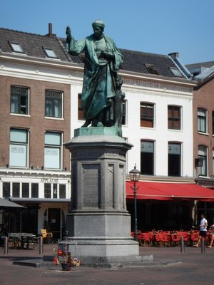 Haarlemmers credit this man with inventing modern printing; he got the idea of making movable type 40 years before Gutenberg