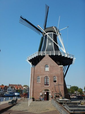 The only windmill in the central city is actually a 2002 reproduction but you can go inside and see the inner workings of a windmill; the original 1779 windmill burned down in 1932
