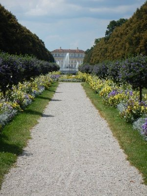 The Grand Canal is part of the northern Munich channel system, a system of waterways that connected also to the complex of Nymphenburg Palace.