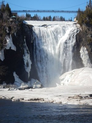 The water flows over the falls at a rate of 35000 liters per second; the river flow at the top looked lethargic but somehow transforms into this impressive sight