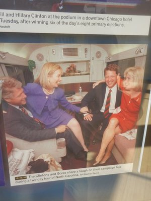 The Clintons and Gores enjoying their campaign swing through NC although they failed to carry the state in either election
