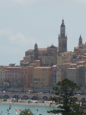 Menton is the last town on the French border before Italy; it is nicknamed the Pearl of France