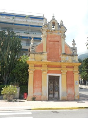 The Chapel of Saint Jacques of Menton was built in 1688; the fishing industry was devastated in the 1980s and 1990s by overfishing and hypoxia in the bay