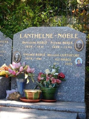 I like the European tradition of putting photos on tombstones; the women sure lived a long time!