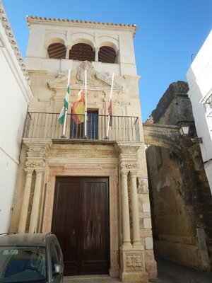 Town Hall on Cabildo Plaza; doorway crowned by Archangel Saint Michael, patron saint of the city