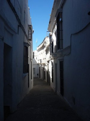 The narrow streets maximize shade while their maze-like design protects against invaders