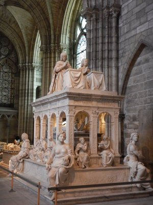 Tomb of Louis XII and Anne de Bretagne; the church became a cathedral in 1966