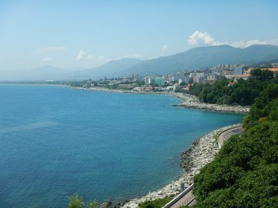 In recent years, Bastia has experienced urban sprawl as the city extends to the south; to get a rental car with automatic transmission I had to rent from Hertz at the airport