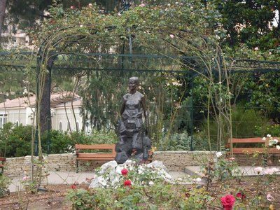 Princess Grace Rose Garden is home to 8000 rose bushes in 300 varieties; many of the bushes were not flourishing