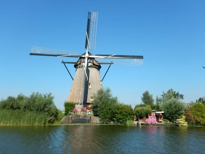 The uppermost section of the windmills at Kinderdijk can rotate in a full circle, to catch wind at maximum efficiency