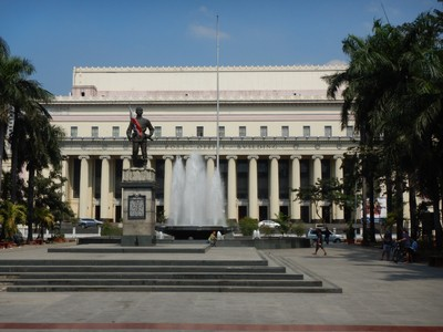 Manila has few monumental buildings and doesn't feel like a national capital; I wonder how much political corruption has held the Philippines back economically while neighboring countries have prospered