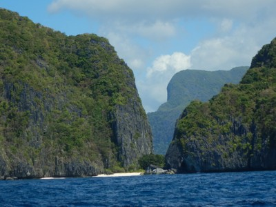 The Bacuit Archipelago is comprised of 45 uninhabited, limestone islands full of karst cliffs and secluded beaches; diving is supposed to be good but I decided to wait until Coron