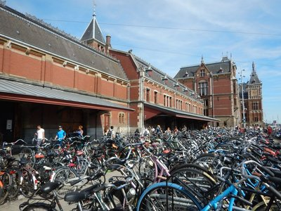 Amsterdam Central Station is the hub for city transit but easily manageable; you can take trams from here most anywhere in the city for 3 euros