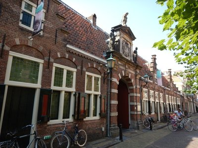 The Frans Hals Museum, founded in 1862, is located in an old almshouse; the collection includes great paintings from Hals as well as others from artists of the Dutch Golden Age