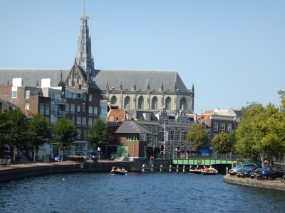 In 1632 a tow canal between Haarlem and Amsterdam, the Haarlemmertrekvaart was opened, the first tow canal in the country; the city is also on the first rail line built in the Netherlands
