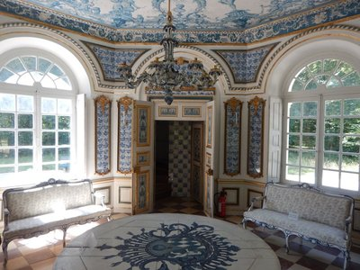 The blue and white theme of Pagodenburg is designed to imitate Chinese porcelain which was the rage at the time; the royals would play pall mall nearby which was similar to croquet