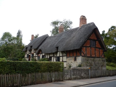 Anne Hathaway's Cottage is a twelve-roomed farmhouse where Anne Hathaway, the wife of William Shakespeare, lived as a child; the earliest part of the house was built prior to the 15th century, the higher part is 17th century