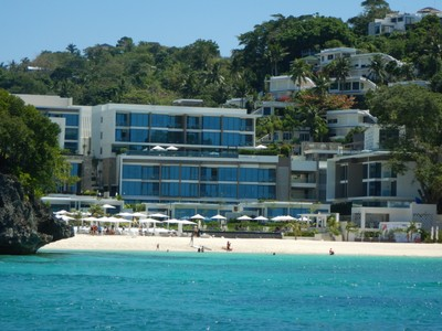 There are plenty of posh resorts on the island, away from the masses, which often have their own private beaches; before taking a bangka or ferry to the island you have to go through a security screening