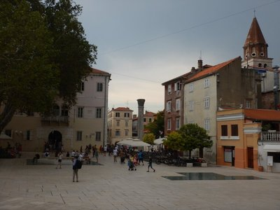 In the 7th century, Zadar became the center of the Byzantine province of Dalmatia; it hasn't changed much since I first visited in 2003 with Ruben and Lee