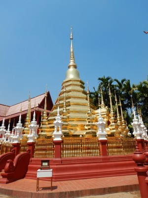 Construction of Wat Phan Tao began in the late 14th century; the monastery is a monument to the teak trade