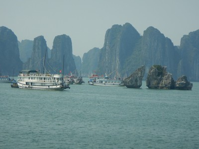 Halong Bay has an area of around 600 sq mi, including 1,969 islets, most of which are limestone; the evolution of the karst in this bay has taken 20 million years under the impact of the tropical wet climate