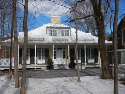 Built in 1849, this Regency-style cottage illustrates how well-to-do English residents lived; guided tours of the Henry Stuart House include a cup of tea and a slice of lemon cake