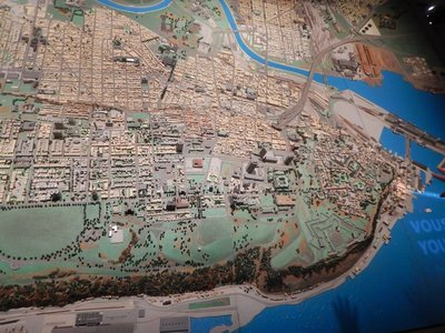 Model shows Quebec City on a peninsula between the St. Charles and St. Lawrence Rivers; you can clearly see the Plains of Abraham along the St. Lawrence