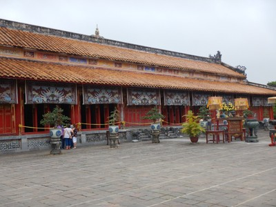 The Temple of the Generations, built in 1821, was built to worship 10 emperors from the Nguyen dynasty; during all ceremonies inside the temple. women were forbidden to enter