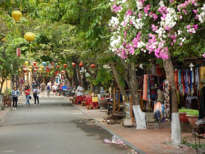 The old town is quite a small area which is peaceful early in the morning but quickly becomes clogged with tourists, bicycles and motorcycles