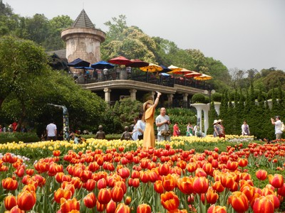 For four years in a row from 2015 to 2018, Sun World Ba Na Hills was bestowed the accolade of Top Tourist Resort of Vietnam by the Vietnam Association of Tourism; I haven't noticed much competition in this category
