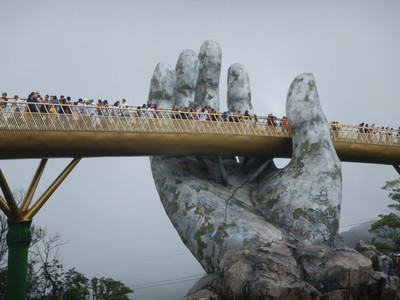 The Golden Hands Bridge opened in June, 2018 and has become world famous; you can't just drop by to see it since it's inside the park and you have to take a long cable car to reach it