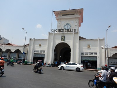 The Ben Thanh Market is one of the earliest surviving structures in Ho Chi Minh City and an important symbol of the city; the market is popular with tourists seeking local handicrafts, textiles and souvenirs