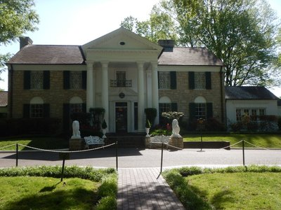 You can only visit Graceland as part of a guided tour; the second story is off limits since the home is still privately owned and sometime family members and visitors