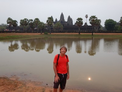 Angkor Wat is the world's largest religious building; Angkor was the capital city of the Khmer Empire , which flourished from approximately the 9th to the 15th centuries