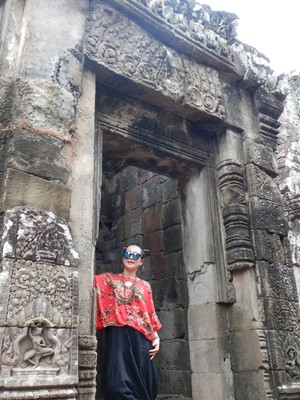 Touring the temples was like walking through a continuous Asian photoshoot; I wondered if many of the visitors appreciated the historical significance of the area