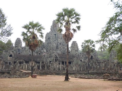 Bayon was the last state temple built and the crowning achievement of Jayavarman VII's massive program of monumental construction and public works, which was responsible for the walls and bridges of Angkor Thom and temples of Preah Khan, Ta Prohm and Banteay Kdei