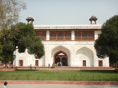 Security is tight everywhere in Delhi with metal detectors and pat downs required at sights, metro stations and hotels; the Red Fort was the scene of a terrorist attack in 2000 that killed 3 people